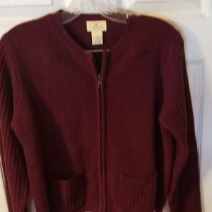Limited💥 Burgundy Sweater M. A247